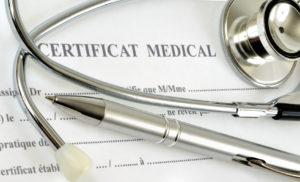 Certificat médical par des sportifs licenciés – Question au Sénat